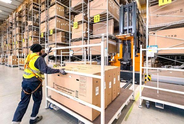 Logistics 4.0 in practice. VNA forklifts revolutionize the work in a bike warehouse