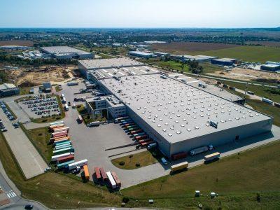 Retailerul polonez LPP anunță deschiderea unui centru de distribuție în România