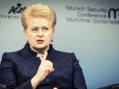 Lietuvos prekyba su Kinija gali didėti. Dalia Grybauskaitė atstovaus Lietuvą importo parodoje Kinijoje