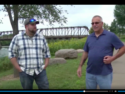 Два дальнобойщика из одной компании обнаружили через социальную сеть, что они… отец и сын