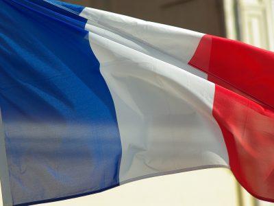 A teherautóknak szánt francia matrica kezd alakot ölteni.Már ismerjük az új adók összegét