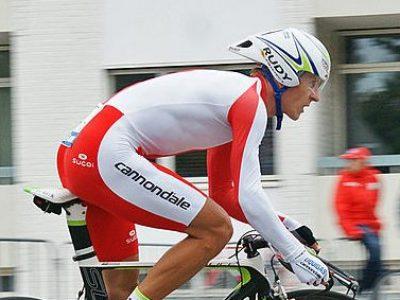 Mistrz Polski w kolarstwie zrobił uprawnienia na ciężarówki. Rzuci sport dla szoferki?