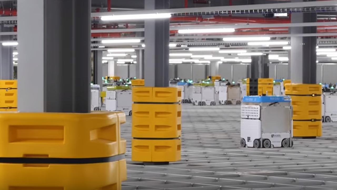 Wall-E is csak pislogna ezen: 4G-n kommunikáló élelmiszercsomagoló robotok