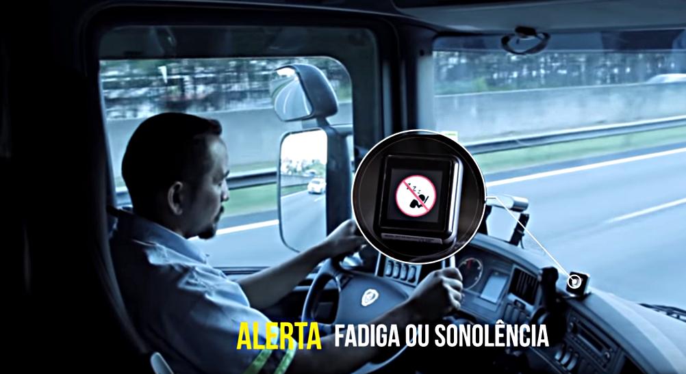 Kierowca pod okiem kamery. Nowe systemy mogą kontrolować i wpływać na zachowania truckerów