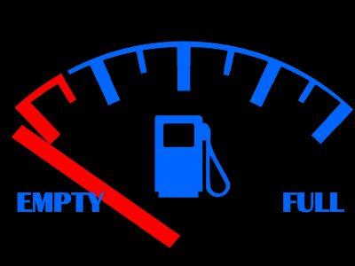 Németország: MÉG nincs szükségállapot az üzemanyag-hiány miatt. De az üzemanyagot szállító teherautók vasárnap és ünnepnapokon is közlekedhetnek Németországban.