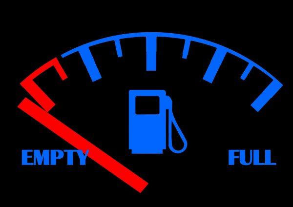 Németország: MÉG nincs szükségállapot az üzemanyag-hiány miatt. De az üzemanyagot szállító teherautó