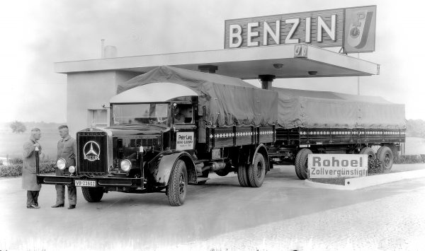History of transport – part 39. How car transport has become a political issue
