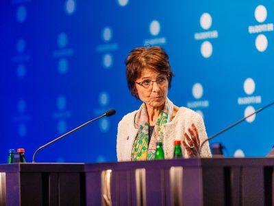 Unijna komisarz rozwiewa wątpliwości w sprawie kosztów podróży, wyżywienia i zakwaterowania pracowników delegowanych