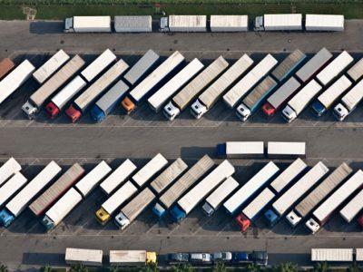 Asociații ale transportatorilor din 7 ţări au solicitat ca votul privind Pachetul Mobilitate 1 să fie amânat pentru următoarea legislatură parlamentară europeană