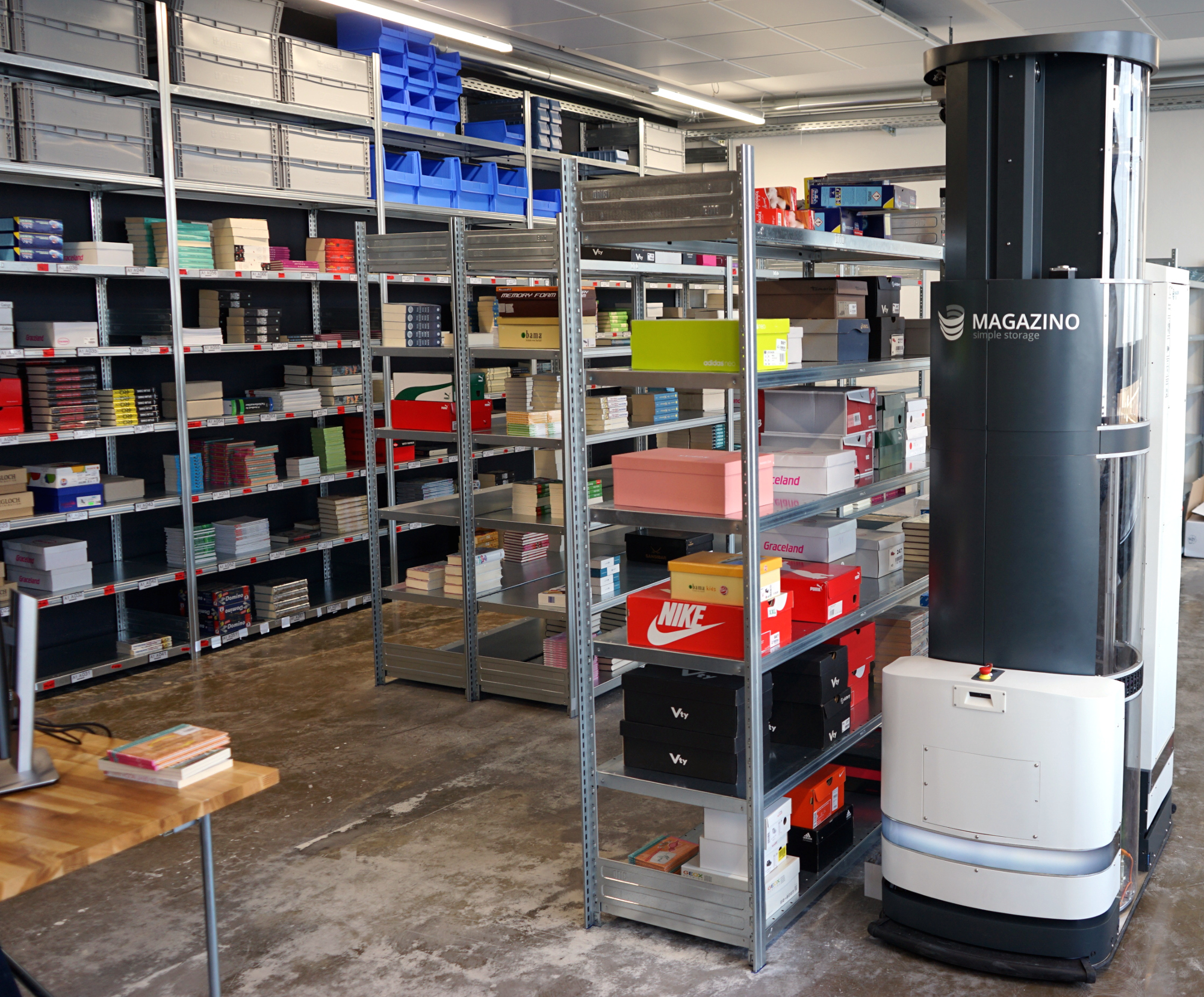 Troublesome handling of returns to the warehouse? This robot