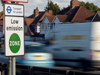 Europos vežėjai kovoja su baudomis už tūkstančius svarų sterlingų, norėdami patekti į Londono mažos taršos zoną