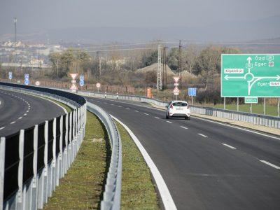 Átadták az M25-ös autóút északi ütemét. Ez a 4 km most még ingyenes