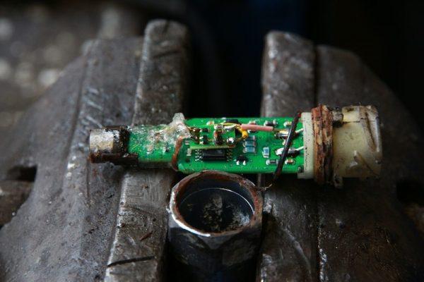 """Kosztowna gra w """"kotka i myszkę"""". Holendrzy policzyli, ile tracą rocznie przez manipulacje tachograf"""