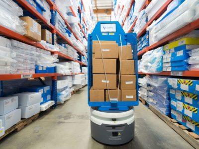 Cei mai populari roboti utilizați în logistică