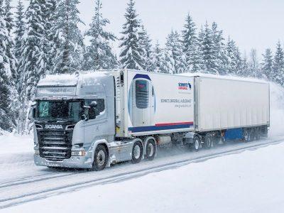 Управление автопоездом зимой и в гололёд . Часть 1