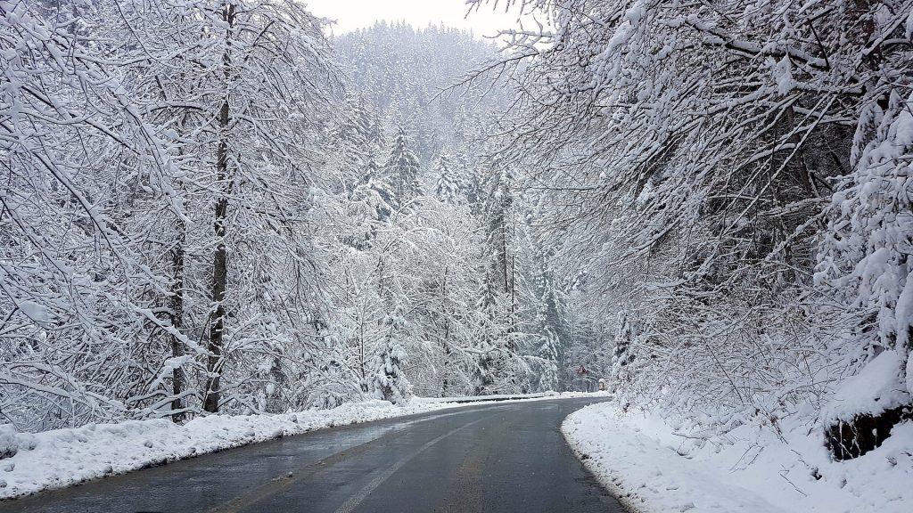 A tél mára jelentkezett be hazánkba. Készüljetek plusz élelemmel, vízzel, meleg takaróval!