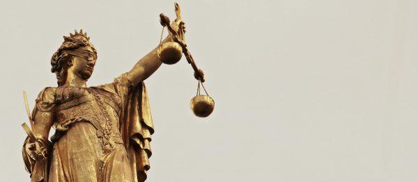 Czeski trucker usłyszał wyrok za bardzo niebezpieczny manewr. Niemiecki sąd potraktował go z całą su