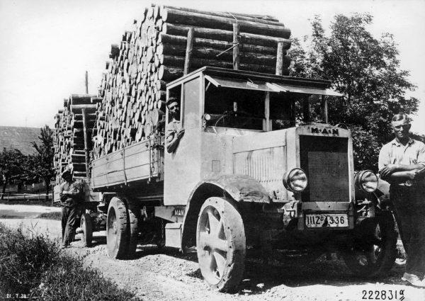 Historia transportu – odc. 45. Skąd się wzięły w Europie limity prędkości i tonażu ciężarówek?