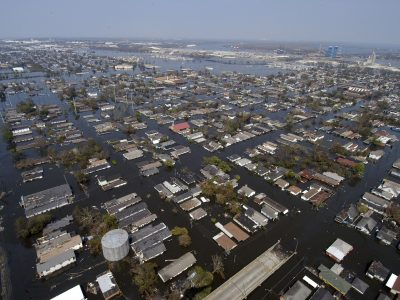 Co zrobić, by zabezpieczyć firmę przed klęską żywiołową? Poradnik Raben – krok po kroku