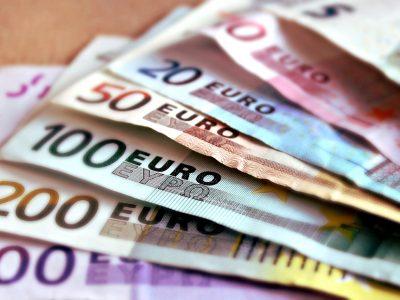 Zarobki pracowników branży TSL w Niemczech i w Polsce. Sprawdź, jak bardzo różnią się płace na różnych stanowiskach