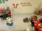 Święty Mikołaj ma nowych pomocników do pakowania prezentów. Czy to koniec ery elfów i śnieżynek?