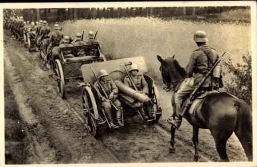 Niemiecka artyleria podczas II wojny światowej korzystała z koni.