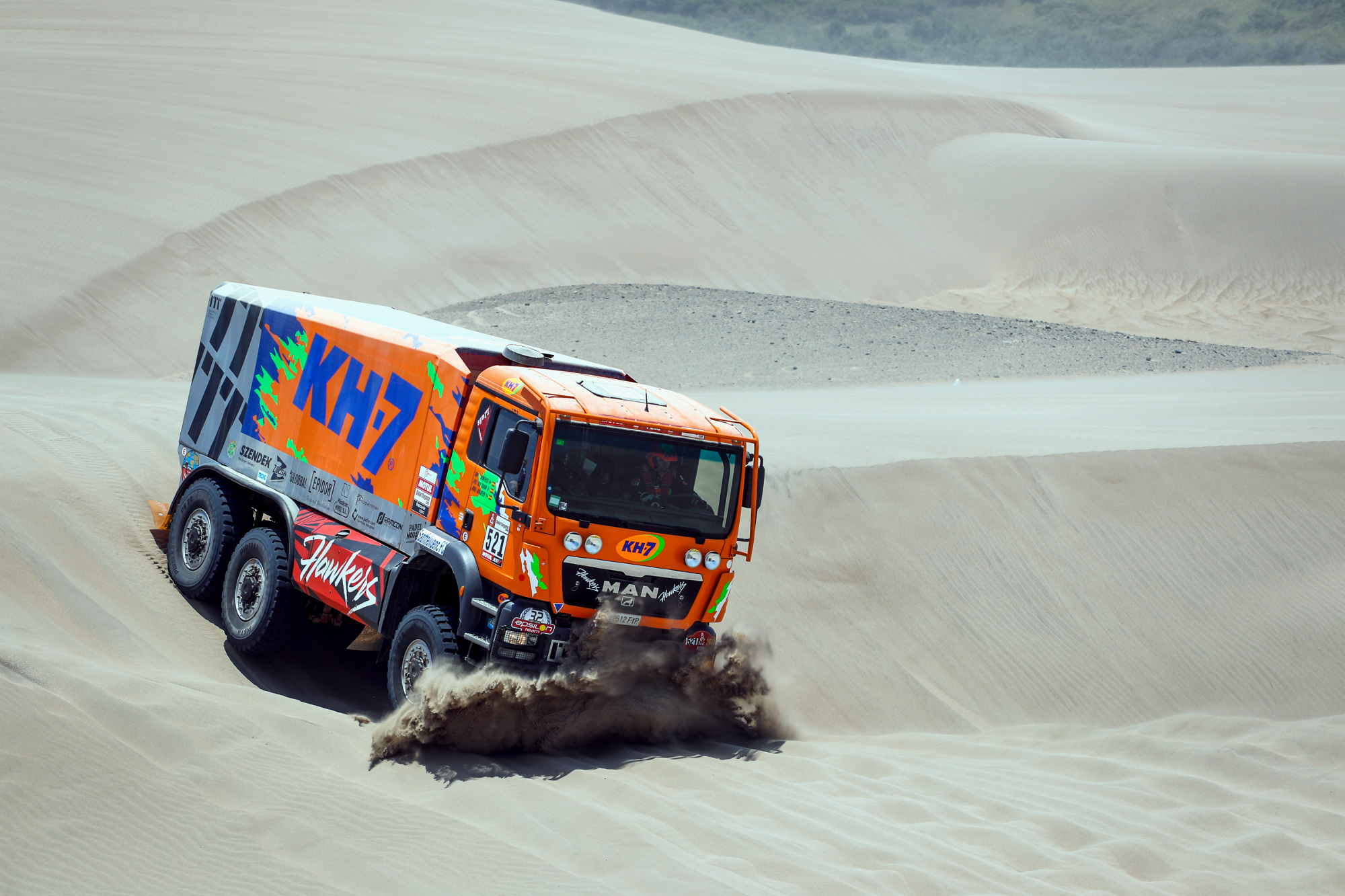 521 JUVANTENY Jordi (spa); CRIADO Jose Luis (spa); DOMENECH Xavier (spa); Man; Epsilon; Truck; Camion; action during the Dakar 2019; Stage 6; Arequipa - San Juan de Marcona; peru; on january 13 - Photo Frederic Le Floc'h / DPPI