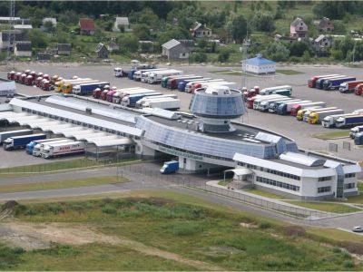 Nauji Baltarusijos muitinės pareigūnų įgaliojimai. Jie gali veikti kaip sienos apsauga ir kontroliuoti sunkvežimius