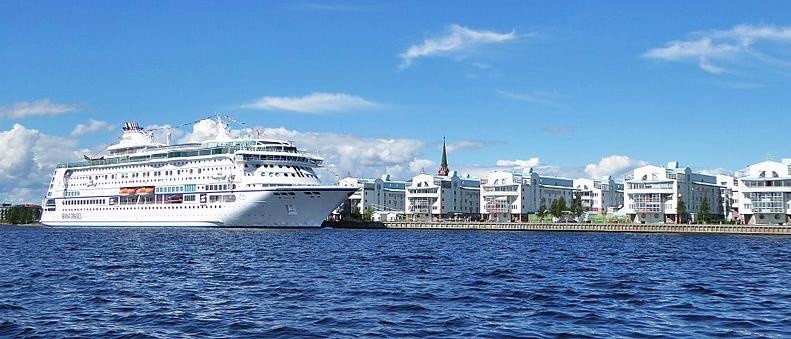 Strajki pracowników portowych w Szwecji. Możliwe utrudnienia i kolejki w kilkunastu portach