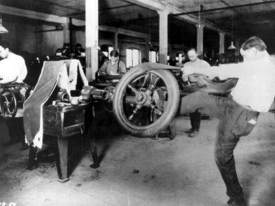Az áruszállítás története 36. rész –  így győzte meg az agyafúrt vezérigazgató a fuvarozókat a légtömlős gumiabroncsokról