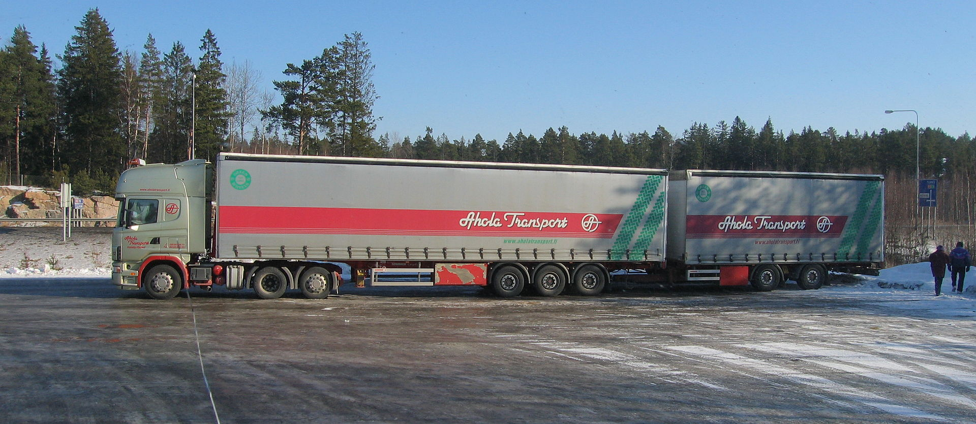 Niemiecki rząd stawia na 25-metrowe zestawy. Poszerza sieć dróg dostępnych dla megaciężarówek