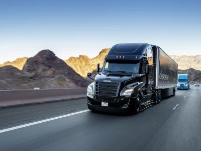 Daimler Trucks investiert eine halbe Milliarde Euro in hochautomatisierte LKW