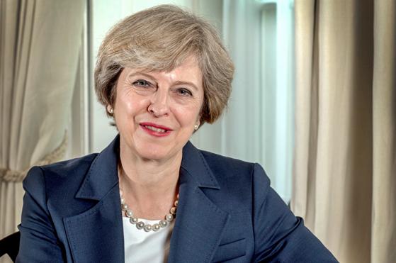 Theresa May gotowa na opóźnienie Brexitu. Chce uniknąć wystąpienia z UE bez porozumienia