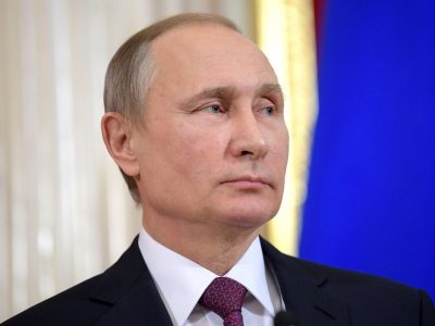 Putinas skelbia karą užsienio vairuotojams. Visi kelių eismo taisyklių pažeidimai bus baudžiami