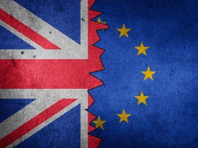 Brexit : Brüsszel vészforgatókönyvet készít a szállítmányozás számára