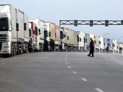 Svarbu! Sausio 9 d. vairuotojai Olandijoje užblokuos sienas