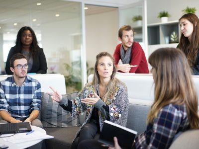 Właściwa polityka personalna decyduje o sprawności operacyjnej firmy. Jak ją tworzyć i mierzyć wydajność pracowników?