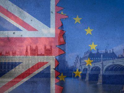 Kontrowersyjny plan Londynu w razie twardego Brexitu. Media zdradzają, co z cłami i wjazdem ciężarówek