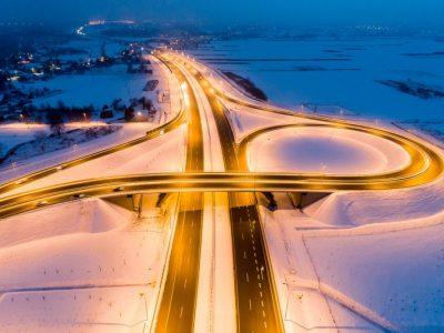 Įspūdingos lenkiško A4 kelio nuotraukos. Pažiūrėkite, kodėl kartais verta palikti biurą ir važiuoti su kroviniu