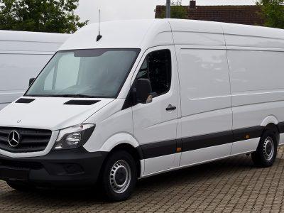 Avarinio stabdymo sistema bus privaloma lengvuosiuose automobiliuose ir mikroautobusuose