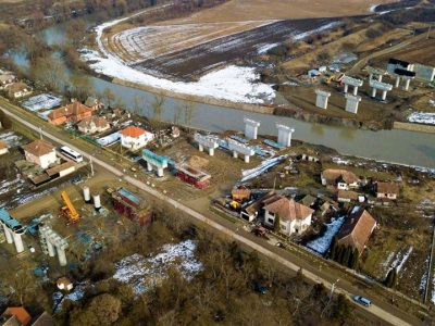 (Video) Șantierele se dezmorțesc cu greu după pauza de iarnă.