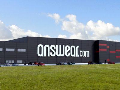 Odzieżowi potentaci e-commerce otwierają nowe magazyny