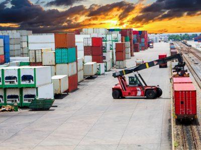 Транзит контейнеров по железной дороге из Китая в Европу может превысить 2 млн ДФЭ в год