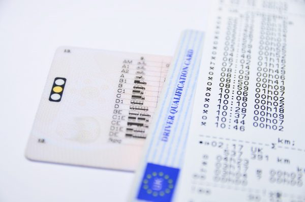 Married couple face prison sentences for exchanging tachograph cards