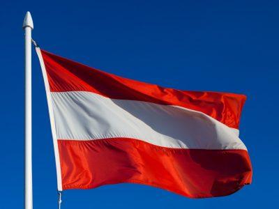 Ужесточение проверок минимальной заработной платы в Австрии. Какие документы могут у водителя и перевозчика требовать австрийские службы?