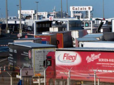 Haos la Calais: Protestele ofițerilor vamali au dus la cozi interminabile