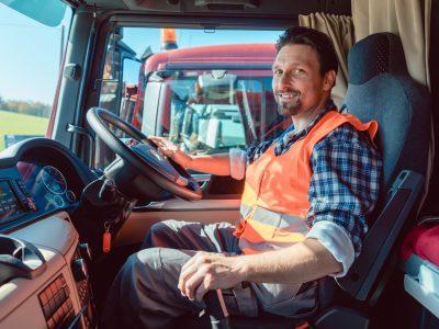 """Patronatele spaniole avertizează: """"Interzicerea efectuării odihnei săptămânale în cabină poate duce la creșterea numărului de furturi din camioane"""""""