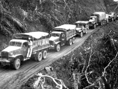 Historia transportu – odc. 57. W czasie II wojny Amerykanie wyprodukowali 2,6 mln ciężarówek wojskowych