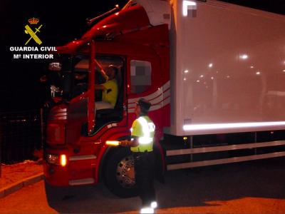 Spanien: Erste Strafgelder für die Nichteinhaltung des Verbots zur Ruhezeit im Fahrerhauswerden bereits verhängt