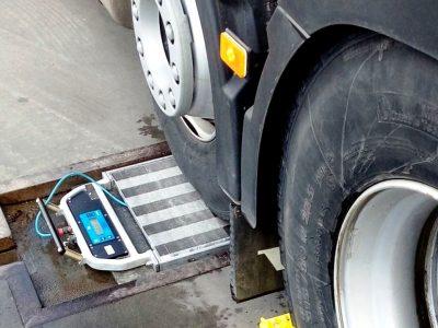 Jak rozwiązać problem dostępu do dróg dla pojazdów z naciskiem 11,5 t na oś? Wiele zależy od rządu